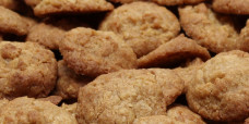 biscuits-anzacs-gusto-bakery (7)