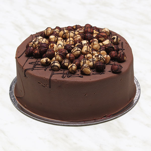 desserts-chocolate-roasted-hazelnut-cake-gusto-bakery (7)
