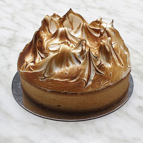 desserts-lemon-meringue-pie-tart-gusto-bakery (3)