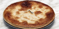 savoury-family-meat-pie-plain-steak-gusto-bakery (6)