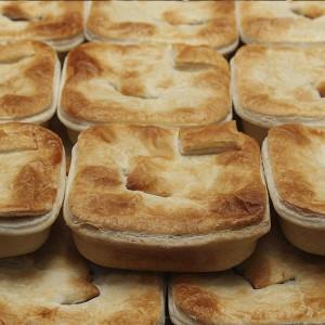 savoury-pie-steak-bacon-gusto-bakery (2)