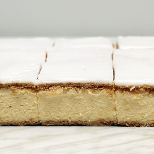 slices-vanilla-slice-gusto-bakery (4)