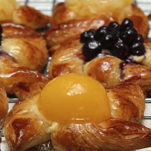yeast-raised-danish-pastry-gusto-bakery (2)