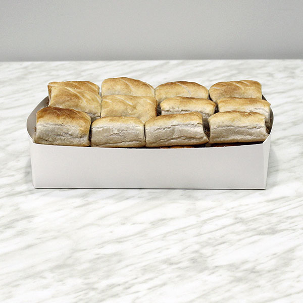 savoury-party-sausage-rolls-24-gusto-bakery