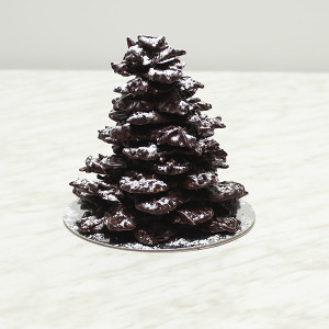 seasonal-christmas-chocolate-roast-almond-tree-gusto-bakery
