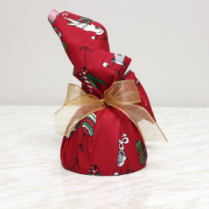 seasonal-christmas-plum-pudding-gusto-bakery