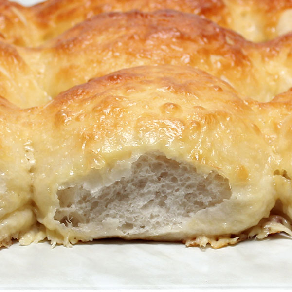 yeast-raised-cheese-rolls-gusto-bakery (5)