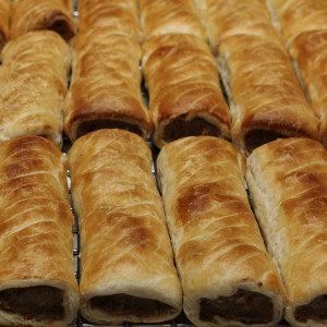 savoury-roll-sausage-roll-gusto-bakery