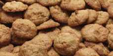biscuits-anzacs-gusto-bakery (2)