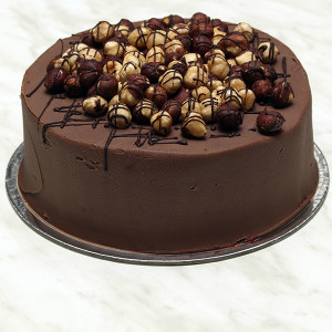 desserts-chocolate-roasted-hazelnut-cake-gusto-bakery (6)