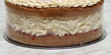 desserts-pink-iced-fresh-cream-sponge-gusto-bakery (1a)
