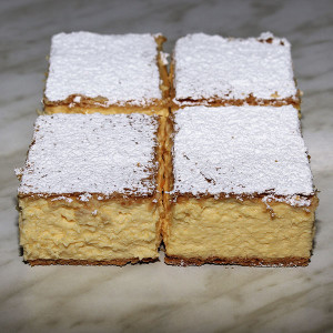 french-vanilla-slice-gusto-bakery