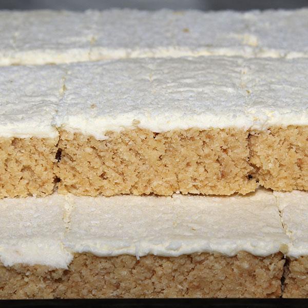 lemon-slice-gusto-bakery