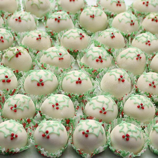 seasonal-christmas-fruit-cake-truffles-gusto-bakery (3)