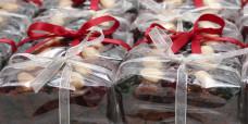 seasonal-christmas-mini-fruit-cake-gusto-bakery (2)