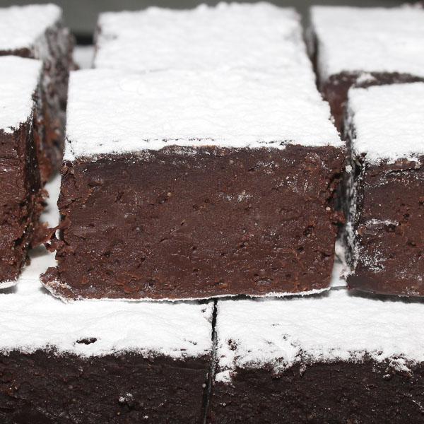 slices-chocolate-fudge-brownie-gluten-free-gusto-bakery (4)