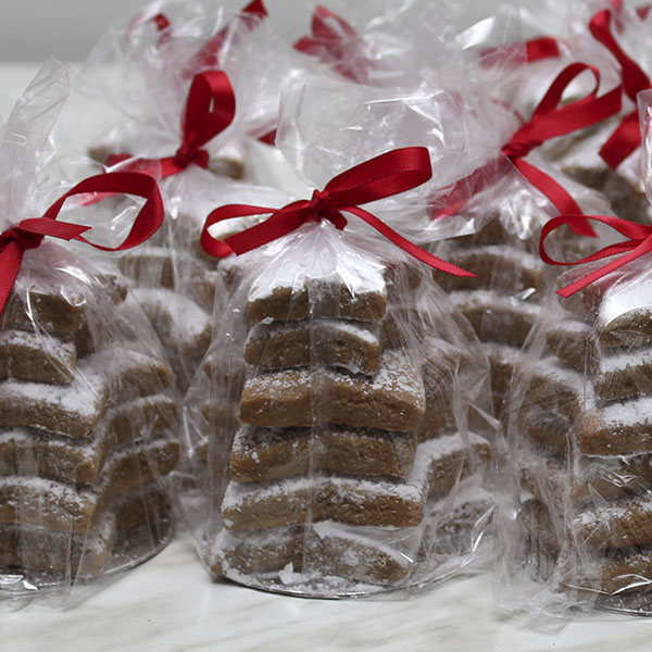 Seasonal-christmas-xmas-gingerbread-stars-gusto-bakery (2)