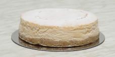 desserts-baked-cheesecake-undecorated-gusto-bakery