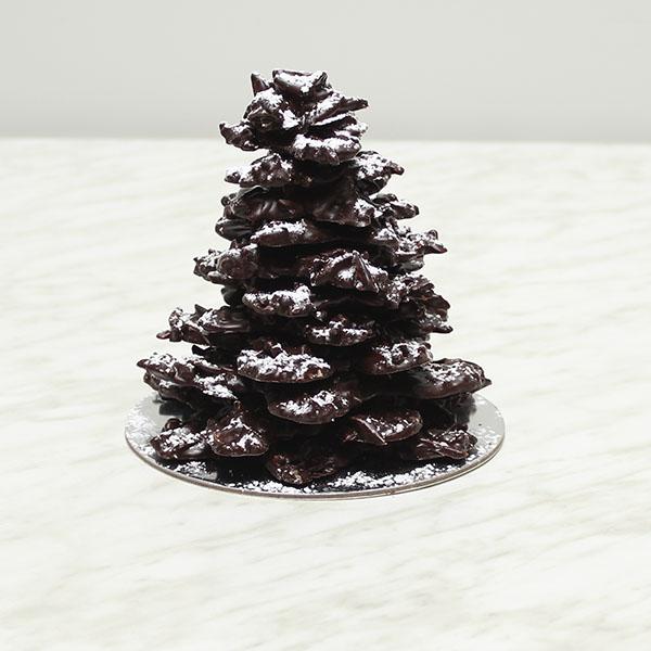 seasonal-christmas-chocolate-roast-almond-tree-gusto-bakery