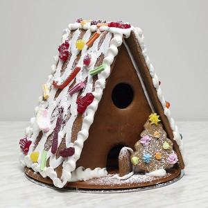 seasonal-christmas-xmas-gingerbread-house-large-gusto-bakery (9)