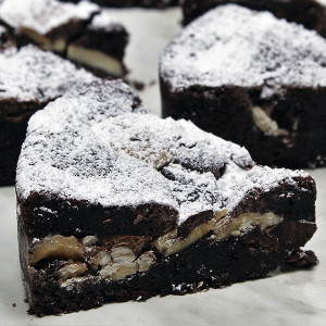 triple-chocolate-brownie-gusto-bakery
