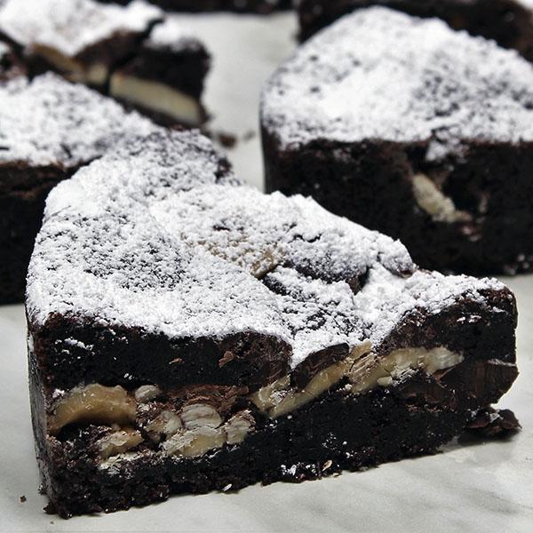 triple-chocolate-brownie-gusto-bakery