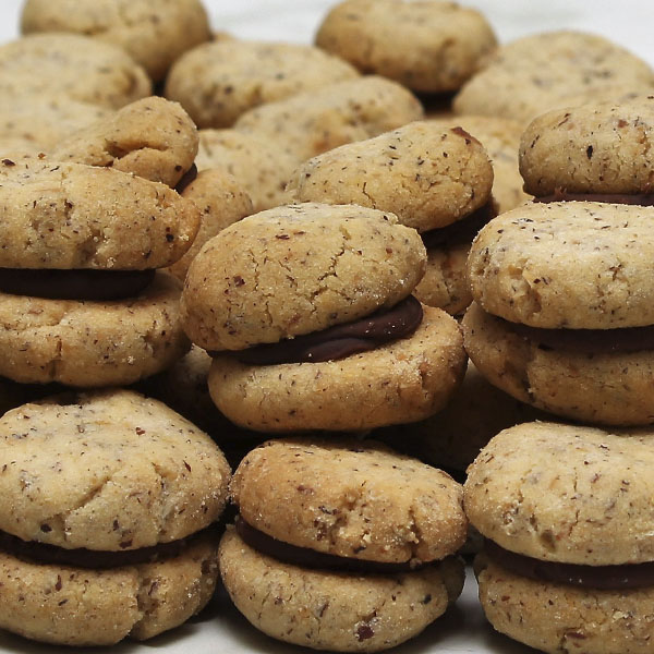 biscuits-hazelnut-chocolate-gusto-bakery