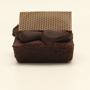 desserts-mini-mud-cake-new-gusto-bakery (1)